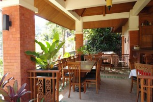 Phuket-hotel-lobby