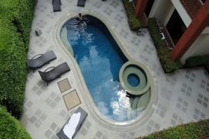 Phuket-hotel-pool