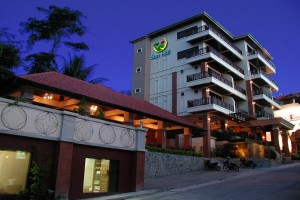 sunhill-hotel-Patong-front