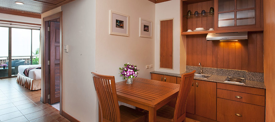 Sun Hill Hotel in Phuket proudly present Studio guest room & good value Patong accommodation