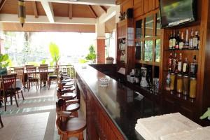 Hotel-bar-sunhill-Patong